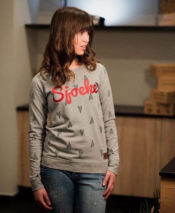 Sjoeke sweater hearts - CHEEKY&DUTCH, The Fashion Bakery