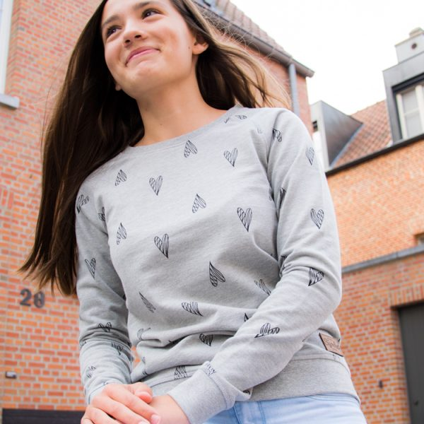 Sjoeke sweater hartjes motief - CHEEKY&DUTCH